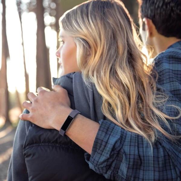 Fitbit Leder Armband Indigo blau für Alta HR Activity Tracker bei CardioZone guenstig online kaufen